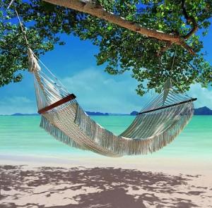 En-av-hängmattorna-på-hotellets-strand